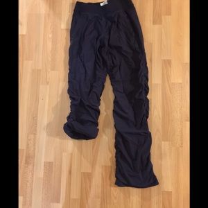 Other - Ivivvia rollup pants